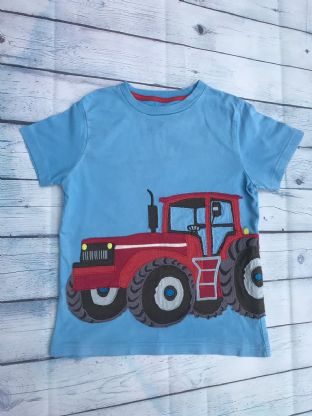 Mini Boden blue applique tractor tshirt age 7-8